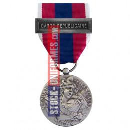 Médaille ordonnance Défense Nationale argent agrafe Garde Républicaine