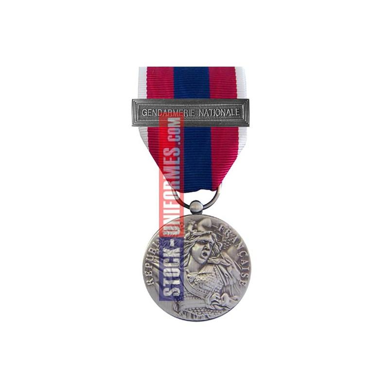 Médaille ordonnance Défense Nationale argent agrafe Gendarmerie Nationale
