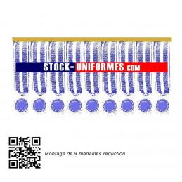 9 médailles réduction cousues sur une barre dorée